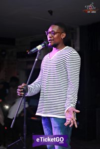 tony en prestation au Talent Show